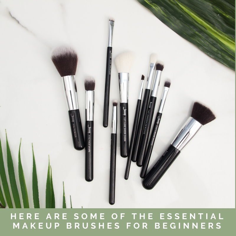 makeup-brushes-for-beginners