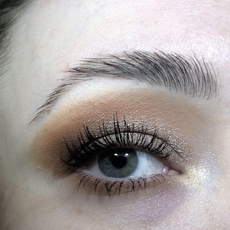 how-to-apply-eyeshadow-for-hooded-eyes